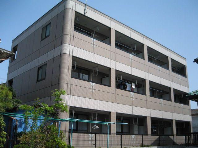 埼玉県桶川市、上尾駅徒歩52分の築14年 3階建の賃貸マンション