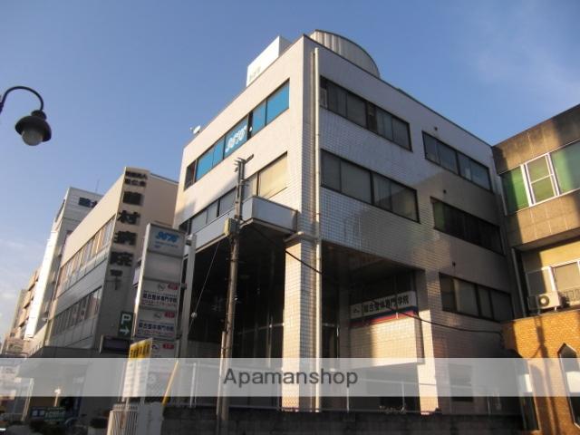 埼玉県上尾市、上尾駅徒歩4分の築30年 5階建の賃貸マンション