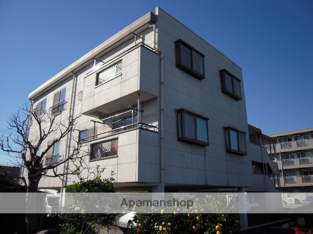 埼玉県北本市、桶川駅徒歩65分の築21年 3階建の賃貸マンション