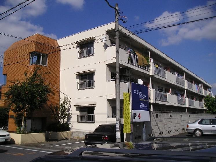 埼玉県桶川市、桶川駅徒歩12分の築34年 3階建の賃貸マンション