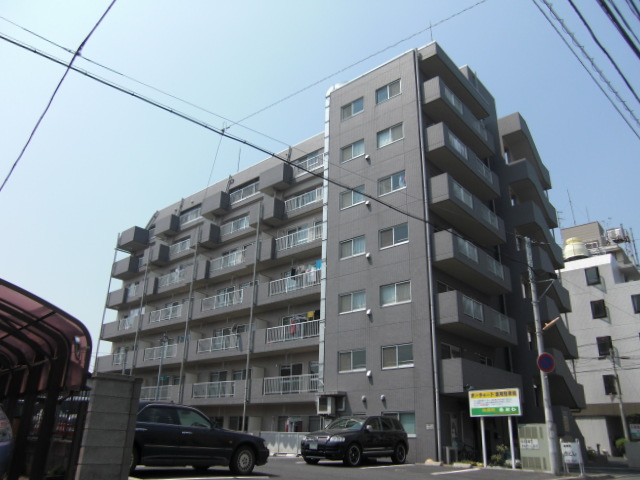 埼玉県上尾市、上尾駅徒歩5分の築17年 7階建の賃貸マンション