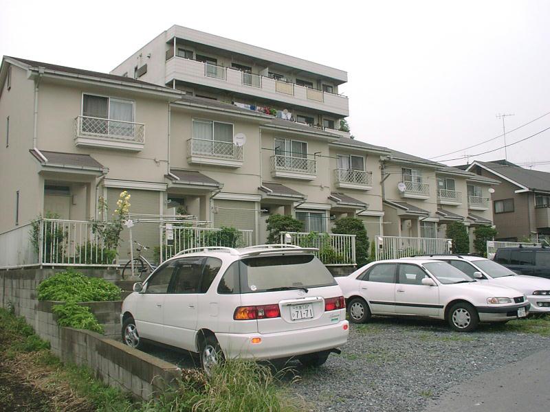 埼玉県さいたま市浦和区、さいたま新都心駅徒歩30分の築31年 2階建の賃貸テラスハウス
