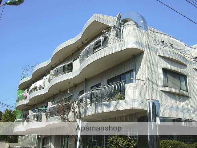 埼玉県さいたま市南区、武蔵浦和駅徒歩17分の築27年 3階建の賃貸マンション