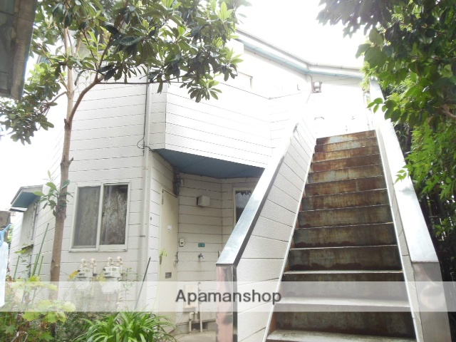 埼玉県さいたま市南区、浦和駅徒歩12分の築26年 2階建の賃貸アパート