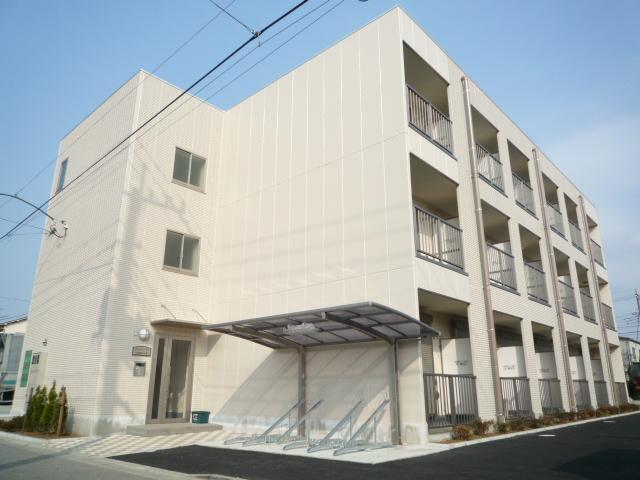 埼玉県川口市、川口元郷駅徒歩26分の築8年 3階建の賃貸マンション