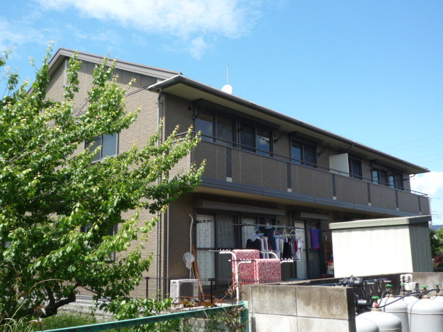 埼玉県上尾市、吉野原駅徒歩19分の築15年 2階建の賃貸アパート