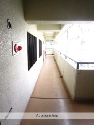 埼玉県さいたま市大宮区北袋町2丁目[2LDK/56.3m2]の共用部1