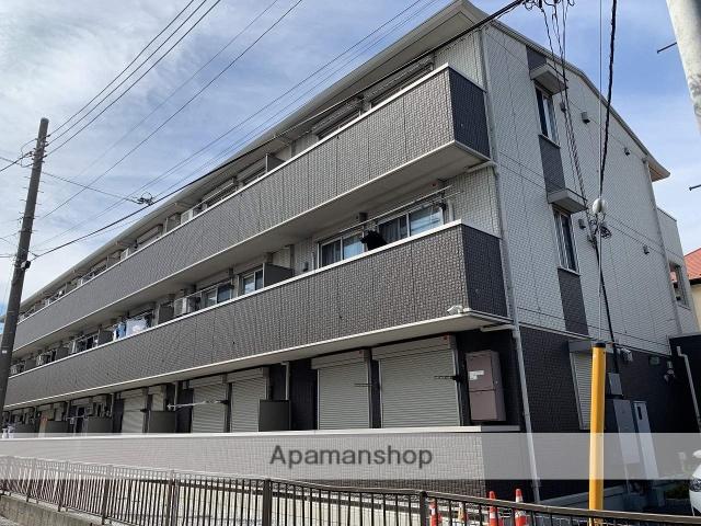 埼玉県越谷市、せんげん台駅徒歩12分の築4年 3階建の賃貸アパート