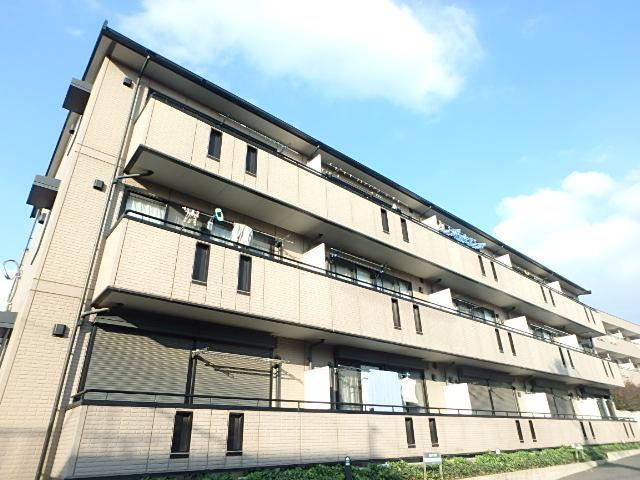 埼玉県さいたま市中央区、中浦和駅徒歩18分の築12年 3階建の賃貸アパート