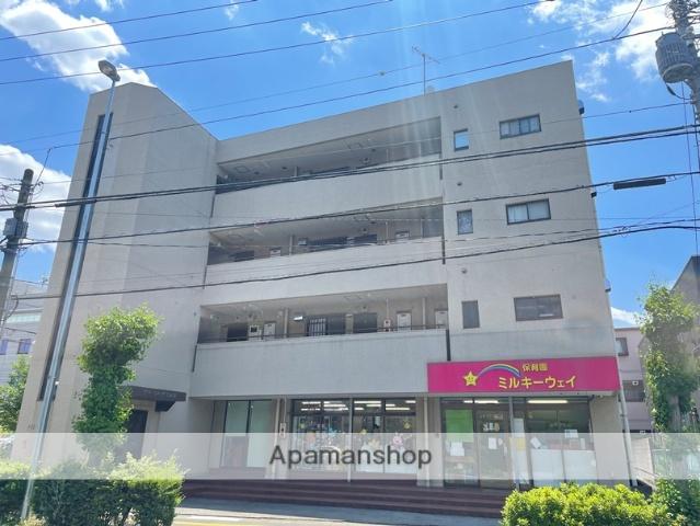 埼玉県さいたま市浦和区、さいたま新都心駅徒歩19分の築34年 4階建の賃貸マンション