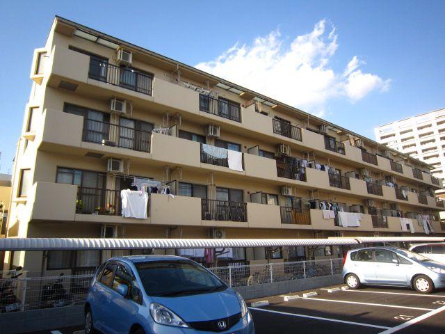 埼玉県さいたま市中央区、大宮駅徒歩16分の築22年 4階建の賃貸マンション
