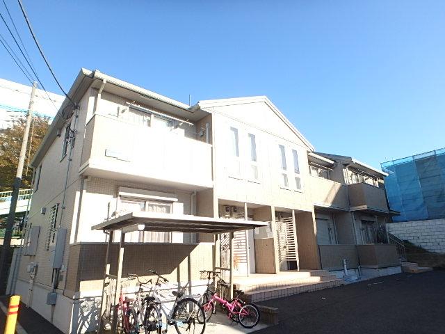 埼玉県さいたま市中央区、与野本町駅徒歩14分の築6年 2階建の賃貸アパート