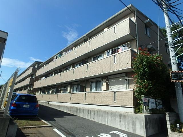 埼玉県さいたま市中央区、与野本町駅徒歩11分の築8年 3階建の賃貸アパート