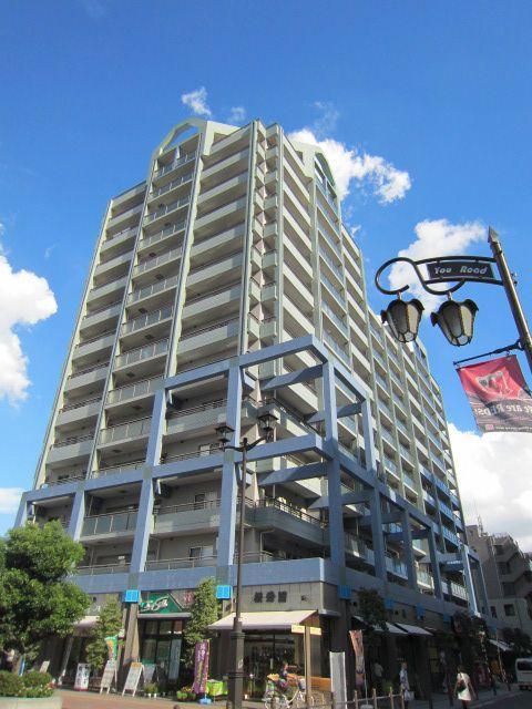 埼玉県さいたま市浦和区、与野本町駅徒歩17分の築21年 15階建の賃貸マンション