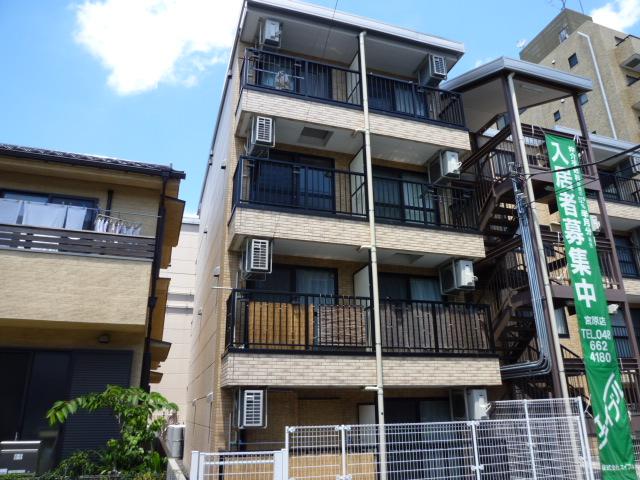 埼玉県さいたま市北区、日進駅徒歩9分の築8年 4階建の賃貸マンション