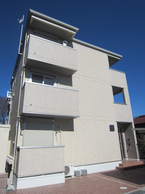 埼玉県さいたま市西区、日進駅徒歩30分の築4年 3階建の賃貸アパート