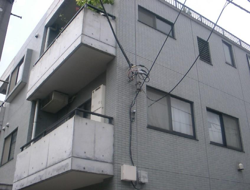 埼玉県さいたま市大宮区、大宮駅徒歩9分の築17年 3階建の賃貸マンション