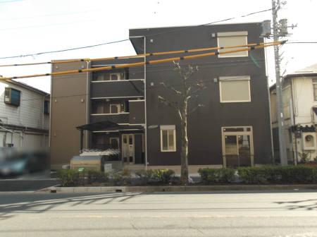 埼玉県草加市、草加駅徒歩8分の築2年 3階建の賃貸アパート