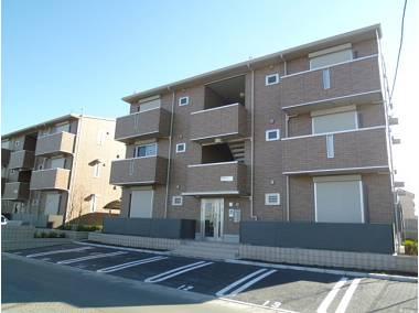 埼玉県八潮市、八潮駅徒歩25分の築4年 3階建の賃貸アパート