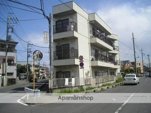 埼玉県草加市、草加駅徒歩27分の築30年 3階建の賃貸マンション