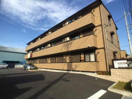 埼玉県草加市、草加駅徒歩28分の築2年 3階建の賃貸アパート
