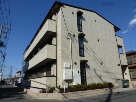 埼玉県草加市、新田駅徒歩18分の新築 3階建の賃貸アパート