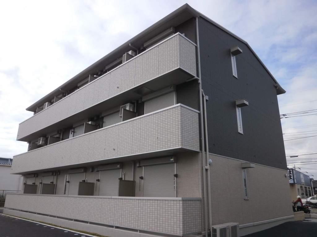 埼玉県草加市、草加駅徒歩19分の築4年 3階建の賃貸アパート