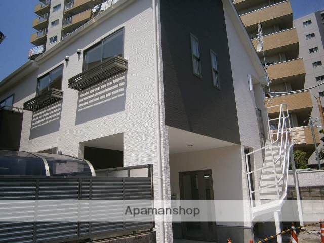 埼玉県草加市、谷塚駅徒歩17分の築2年 2階建の賃貸アパート