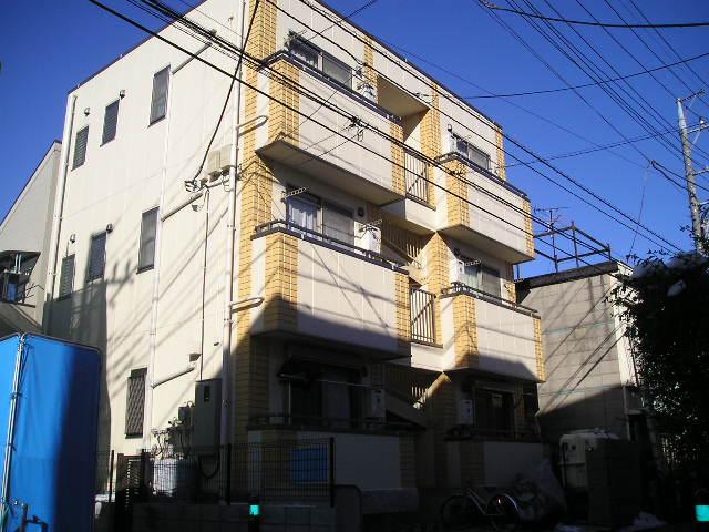 埼玉県草加市、草加駅バス10分草加車庫下車後徒歩3分の築13年 3階建の賃貸アパート