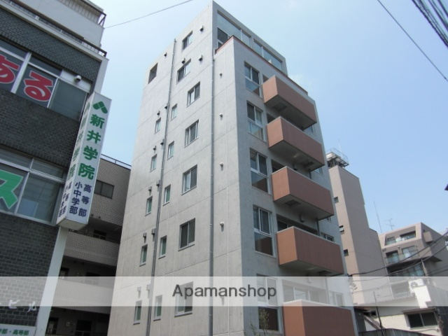 埼玉県さいたま市浦和区、与野駅徒歩18分の築9年 8階建の賃貸マンション