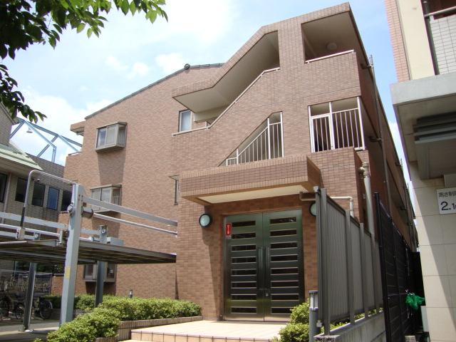 埼玉県さいたま市南区、武蔵浦和駅徒歩16分の築15年 3階建の賃貸マンション