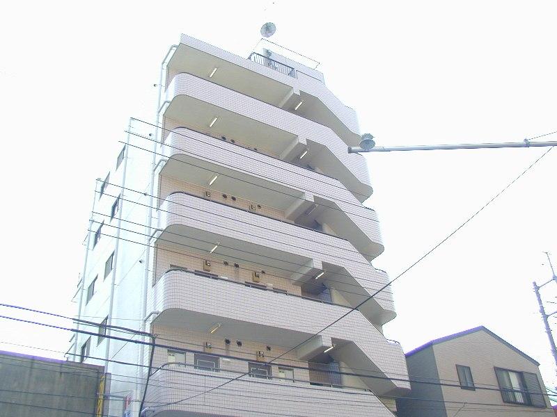 埼玉県戸田市、戸田公園駅徒歩8分の築28年 7階建の賃貸マンション
