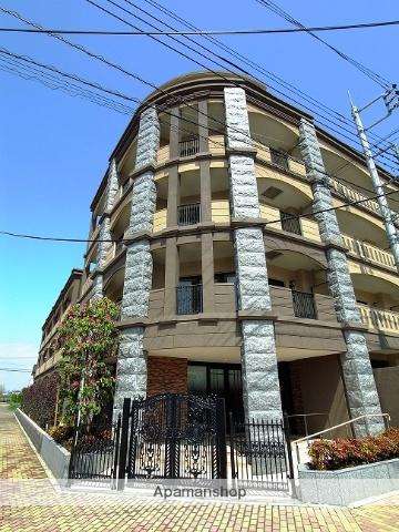 埼玉県吉川市、吉川美南駅徒歩6分の築4年 4階建の賃貸マンション