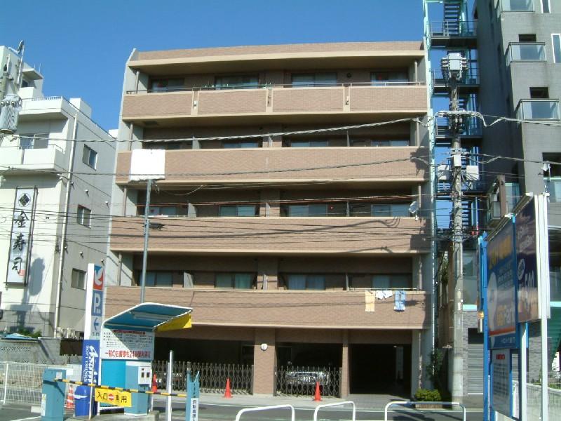 埼玉県越谷市、南越谷駅徒歩17分の築15年 5階建の賃貸マンション