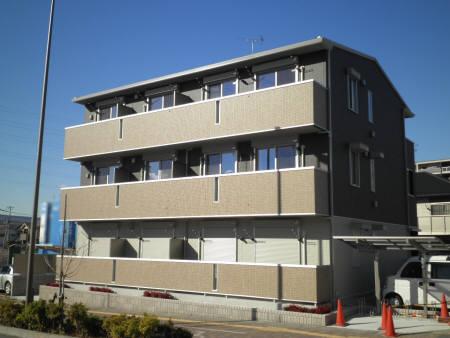 埼玉県三郷市、三郷中央駅徒歩4分の築2年 3階建の賃貸アパート