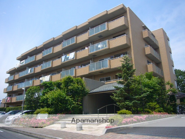 埼玉県三郷市、新三郷駅徒歩22分の築19年 5階建の賃貸マンション
