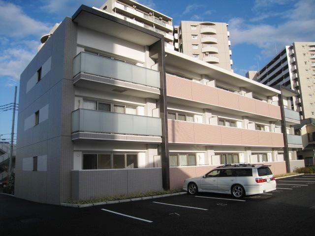 埼玉県川口市、川口駅徒歩27分の築8年 3階建の賃貸マンション