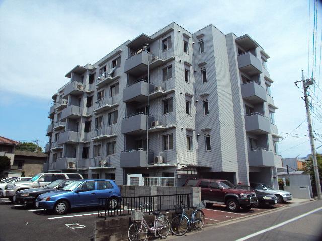 埼玉県蕨市、蕨駅徒歩16分の築27年 5階建の賃貸マンション