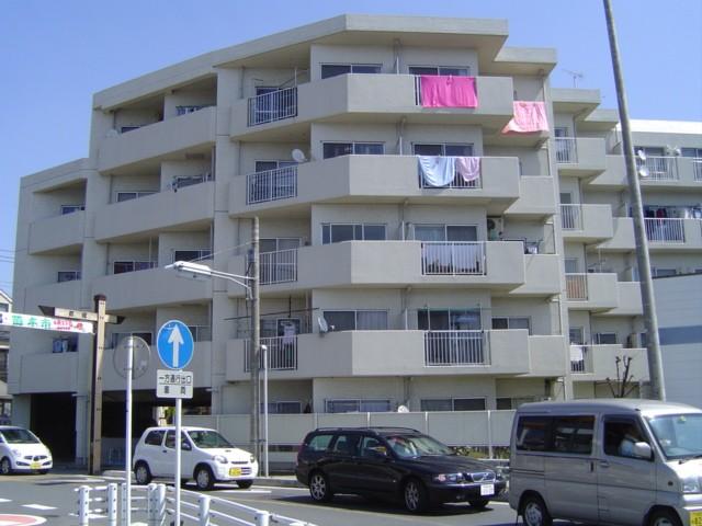 埼玉県蕨市、戸田駅徒歩17分の築29年 5階建の賃貸マンション