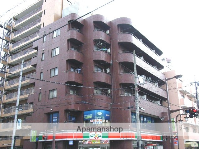 埼玉県川口市、蕨駅徒歩28分の築32年 6階建の賃貸マンション