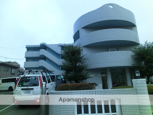 埼玉県さいたま市浦和区、さいたま新都心駅徒歩20分の築27年 4階建の賃貸マンション
