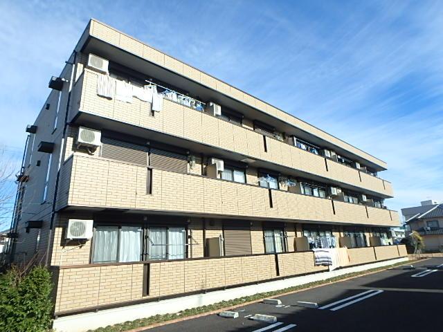 埼玉県上尾市、上尾駅徒歩12分の築3年 3階建の賃貸アパート