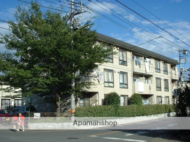 埼玉県上尾市、北上尾駅徒歩14分の築26年 3階建の賃貸マンション