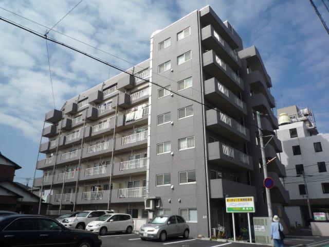 埼玉県上尾市、上尾駅徒歩5分の築18年 7階建の賃貸マンション