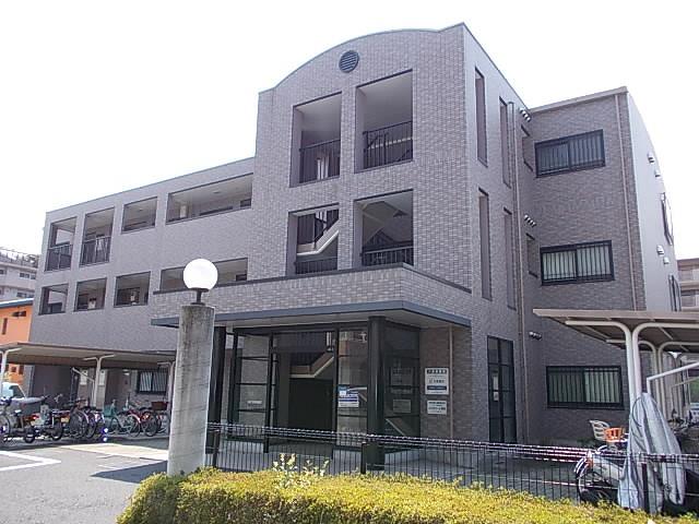 埼玉県さいたま市中央区、南与野駅徒歩12分の築18年 3階建の賃貸マンション