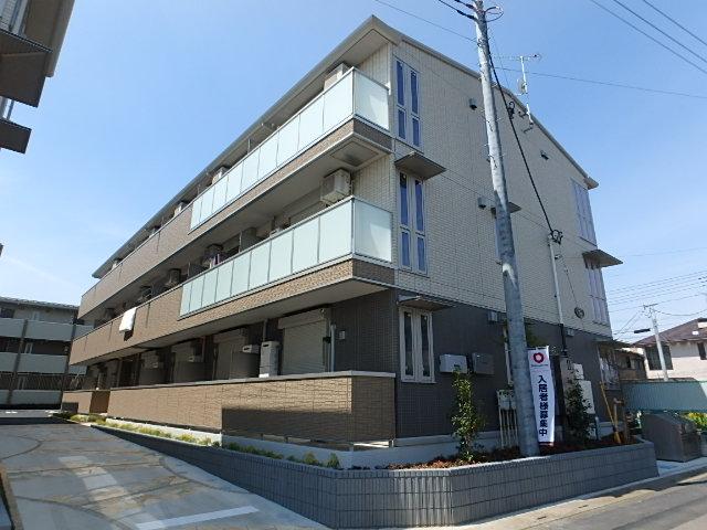 埼玉県さいたま市北区、東大宮駅徒歩22分の築1年 3階建の賃貸アパート