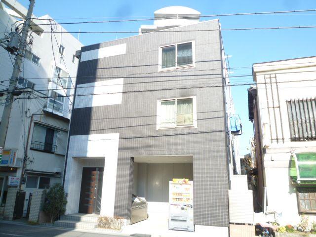 埼玉県川口市、蕨駅徒歩5分の築7年 3階建の賃貸マンション