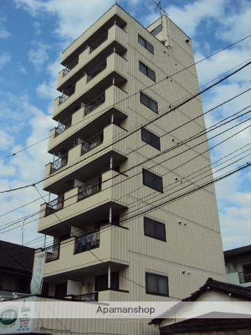 埼玉県川口市、蕨駅徒歩3分の築28年 8階建の賃貸マンション