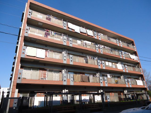 埼玉県蕨市、戸田公園駅徒歩25分の築13年 5階建の賃貸マンション