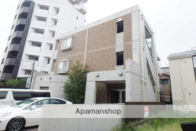 埼玉県川口市、蕨駅徒歩5分の築15年 3階建の賃貸マンション